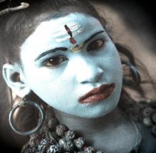 Jeune fille en bleu